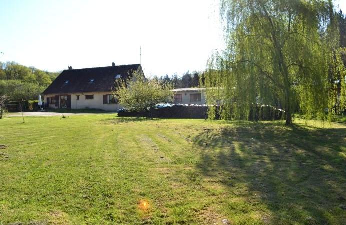 Réf 1677   Secteur Treigny Maison de campagne 160 m²
