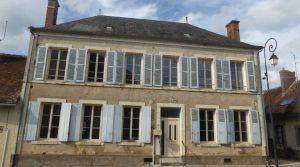 Réf 2523 Secteur Saint Fargeau Maison de village de 217 m²